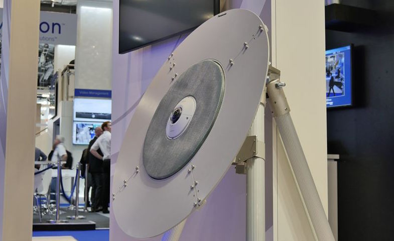 En prototyp av Panasonics dr�narfinnare visades p� s�kerhetsm�ssan Ifsec 2016 i London f�rra veckan.