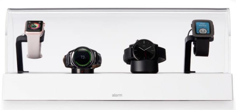 Varularmssk�pet Invue J704  � st�ldskydd f�r 4-6 smarta klockor och annan elektronik�.